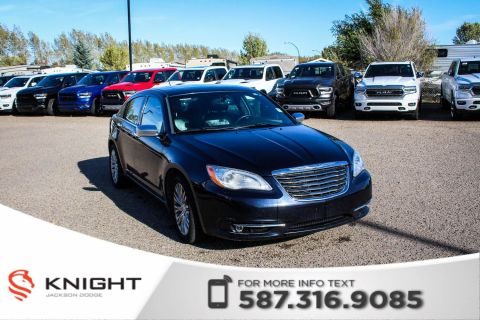 Pre-Owned 2012 Chrysler 200 Limited - Leather, remote Start, Sunroof