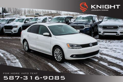 Pre-Owned 2011 Volkswagen Jetta Sedan Sportline - Sunroof, Leather, Touchscreen
